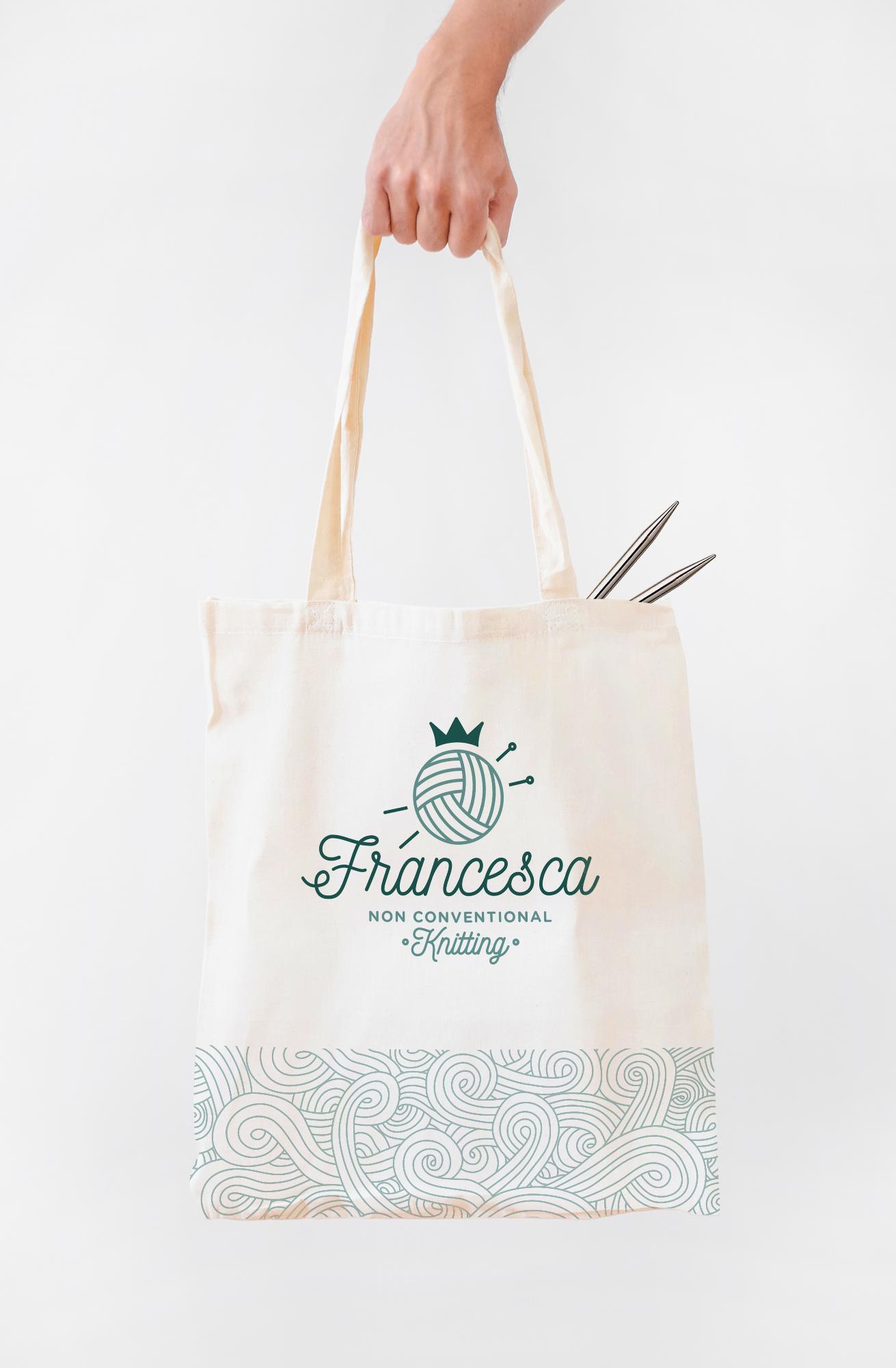 knitting bag di stoffa con logo Francesca corsi di maglia